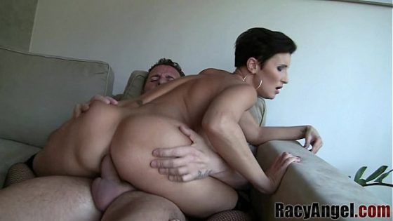 Treasure pleases stud with her face gap-Porn videos
